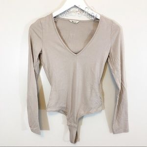 Madewell V Neck Long Sleeved Body Suit